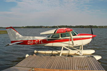 OH-CTL - Private Cessna 172 Skyhawk (all models except RG)