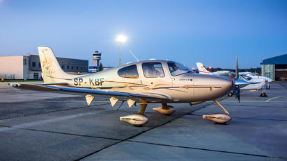 SP-KBF - Private Cirrus SR22