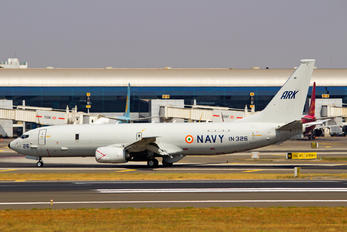 IN326 - India - Navy Boeing P-8I Neptune
