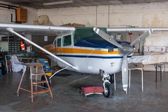 I-IPAQ - Private Cessna 206 Stationair (all models)