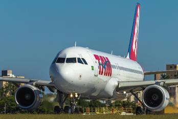 PR-MYO - TAM Airbus A320