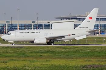 13-001 - Turkey - Air Force Boeing 737-700