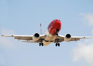LN-KKM - Norwegian Air Shuttle Boeing 737-300