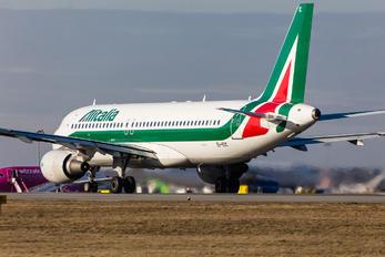 EI-EIC - Alitalia Airbus A320