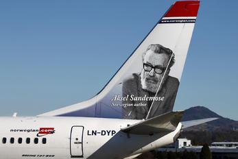 LN-DYP - Norwegian Air Shuttle Boeing 737-800