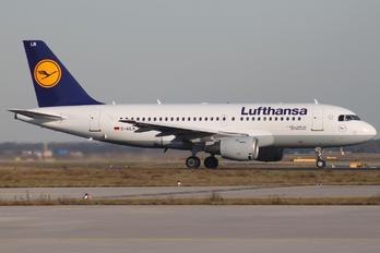 D-AILN - Lufthansa Airbus A319