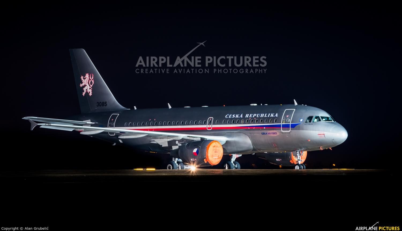 Czech - Air Force 3085 aircraft at Zagreb