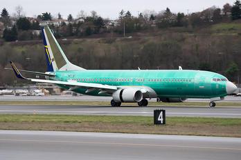 N1795B - Ryanair Boeing 737-800