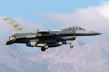 89-0152 - USA - Air Force General Dynamics F-16CG Night Falcon