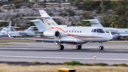 XA-XEL - Private Hawker Beechcraft 900XP