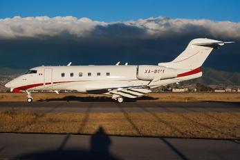 XA-BOM - Private Bombardier BD-100 Challenger 300 series