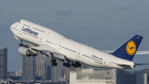 D-ABYC - Lufthansa Boeing 747-8 aircraft