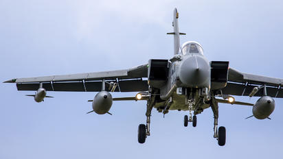 ZD848 - Royal Air Force Panavia Tornado GR.4 / 4A