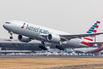 N767AJ - American Airlines Boeing 777-200ER