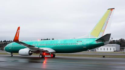 N1798B - Sunwing Airlines Boeing 737-800