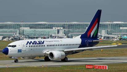 HA-LOL - Malev Boeing 737-700