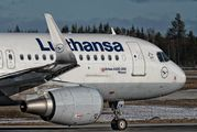 D-AIZW - Lufthansa Airbus A320 aircraft