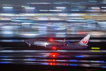 JA347J - JAL - Express Boeing 737-800