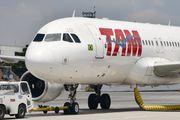 PR-TYD - TAM Airbus A320 aircraft