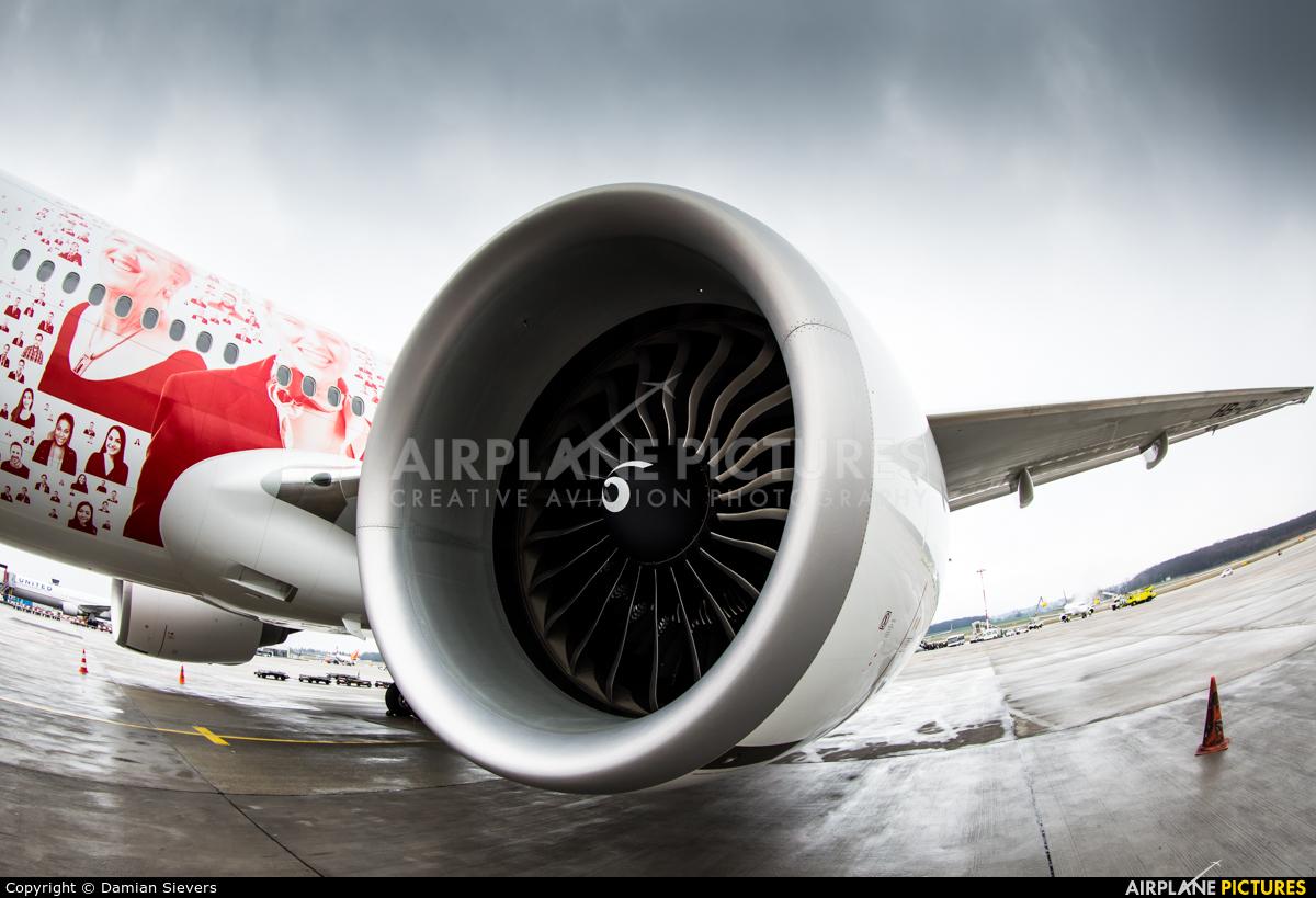 Swiss HB-JNA aircraft at Geneva Intl