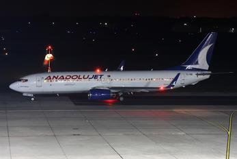 TC-SBI - AnadoluJet Boeing 737-800