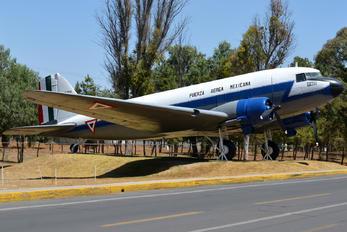 ETM-6011 - Mexico - Air Force Douglas C-47A Dakota C.3