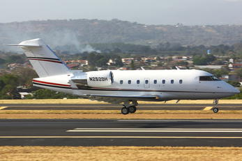 N252DH - Private Bombardier CL-600-2B16 Challenger 604