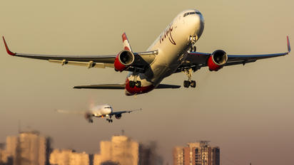- - Air Canada Rouge Boeing 767-300ER