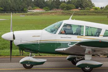 PT-JCU - Aeroclube do Paraná Piper PA-28 Cherokee