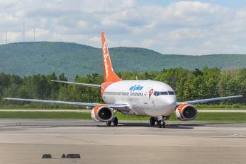 C-GANU - Air North Boeing 737-500