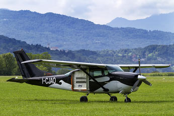 I-CJAO - Private Cessna 206 Stationair (all models)
