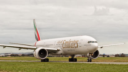 A6-EPD - Emirates Airlines Boeing 777-300ER
