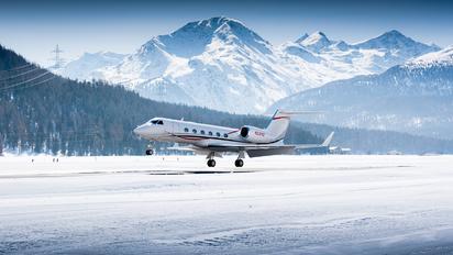 N212VZ - Private Gulfstream Aerospace G-IV,  G-IV-SP, G-IV-X, G300, G350, G400, G450
