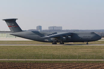 70031 - USA - Air Force Lockheed C-5B Galaxy