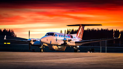 LN-KYV - Sundt Air Beechcraft 300 King Air