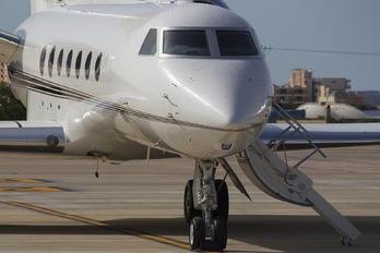 N1BN - Private Gulfstream Aerospace G-V, G-V-SP, G500, G550
