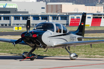 D-ESET - Private Cirrus SR22