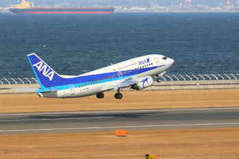 JA302K - ANA Wings Boeing 737-500