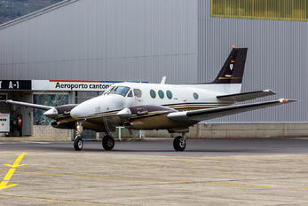 D-IAAH - Private Beechcraft 90 King Air