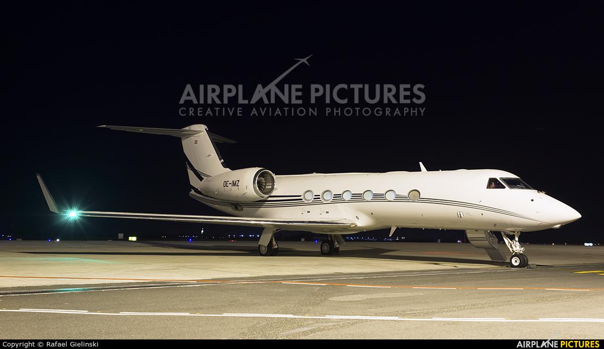 Avcon Jet OE-IMZ aircraft at Curitiba -  Afonso Pena