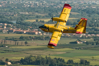 I-DPCQ - Italy - Protezione civile Canadair CL-415 (all marks)
