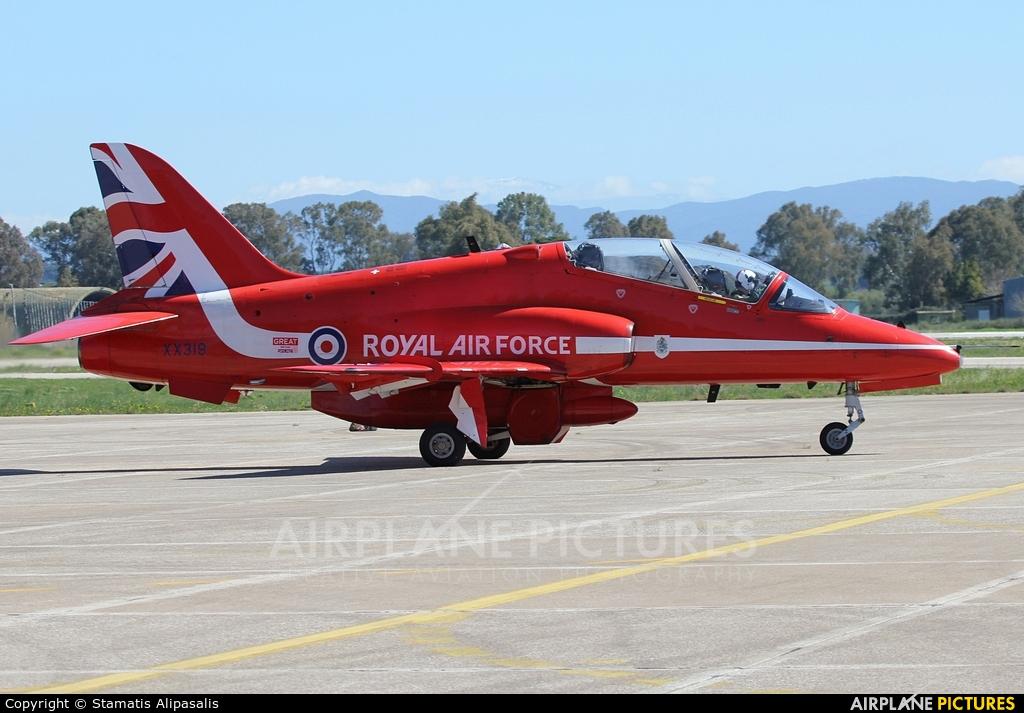 """Royal Air Force """"Red Arrows"""" XX319 aircraft at Andravida AB"""