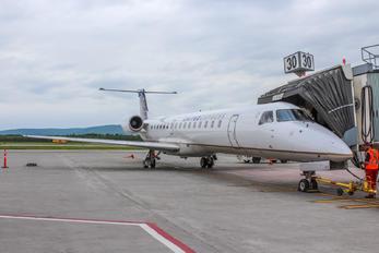 N14573 - United Express Embraer EMB-145