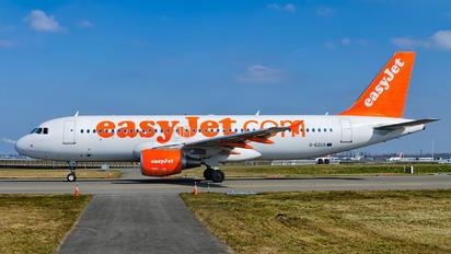 G-EZUS - easyJet Airbus A320