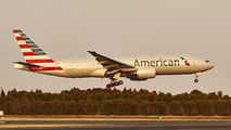 N775AN - American Airlines Boeing 777-200ER aircraft