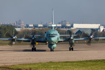 IN303 - India - Navy Ilyushin Il-38