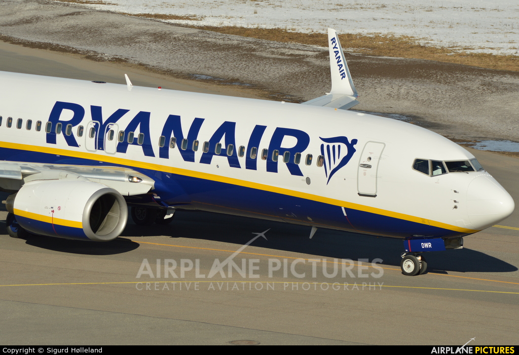 Ryanair EI-DWR aircraft at Sandefjord - Torp
