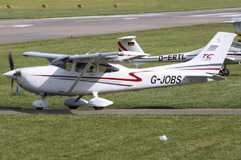 G-JOBS - Private Cessna 182T Skylane