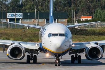 EI-EMR - Ryanair Boeing 737-800