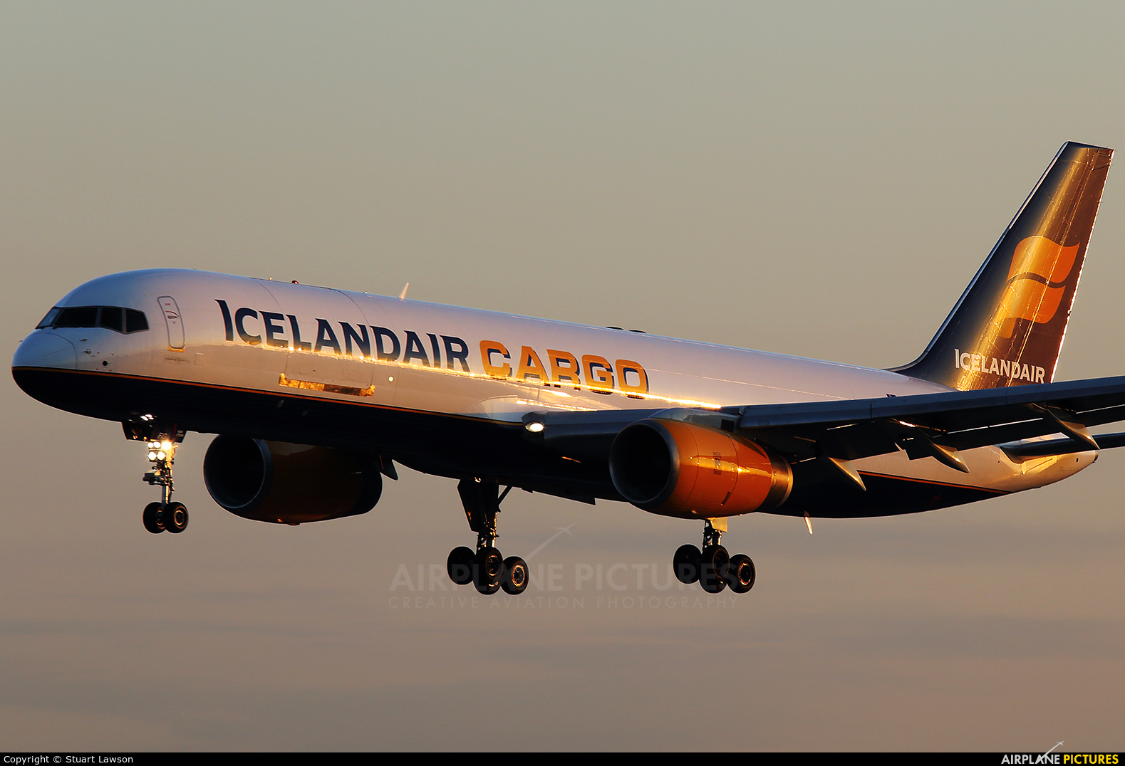 Icelandair Cargo TF-FIG aircraft at East Midlands